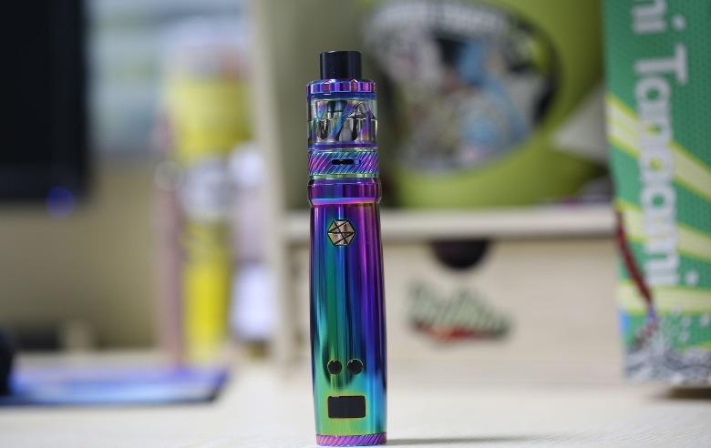 cigarette électronique avec e liquide