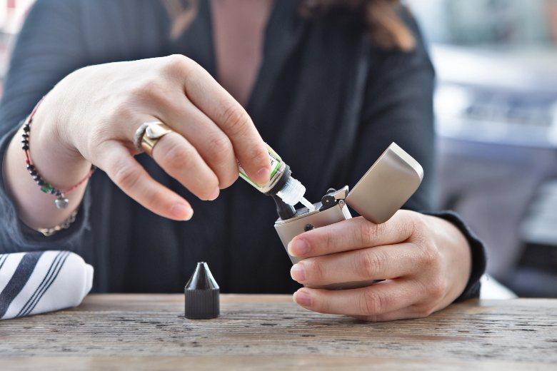 E Liquide CBD pour cigarette électronique