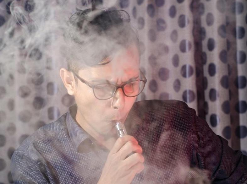 évaporation des liquides des cigarettes électroniques en bf