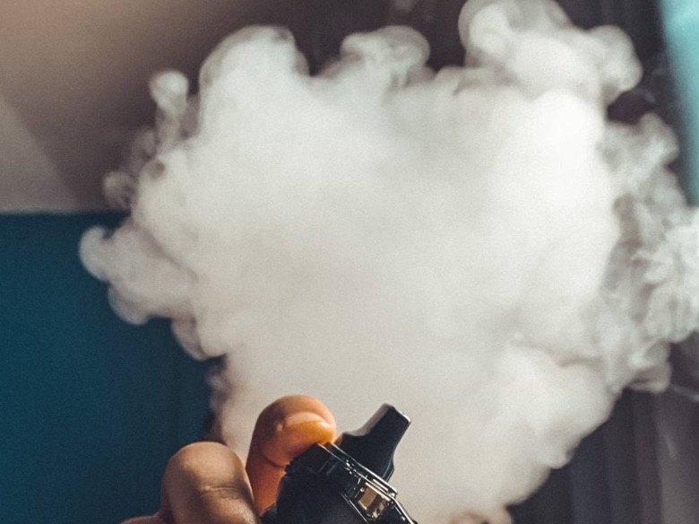 Comment pouvez-vous fumer beaucoup en utilisant la cigarette électronique?
